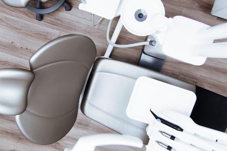 Définir le niveau d'expertise d'un praticien dentiste